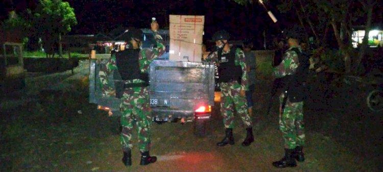 Tutup Jalur Tikus, Satgas 'Paksa' Pelintas Lewat Pos Pemeriksaan