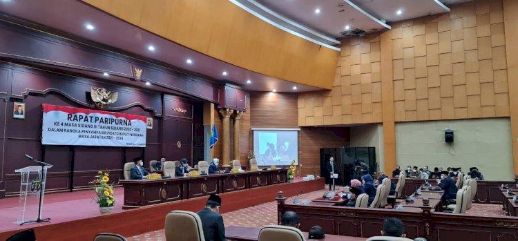 Pidato Perdana di Paripurna, Laura-Hanafiah Ajak Berdamai