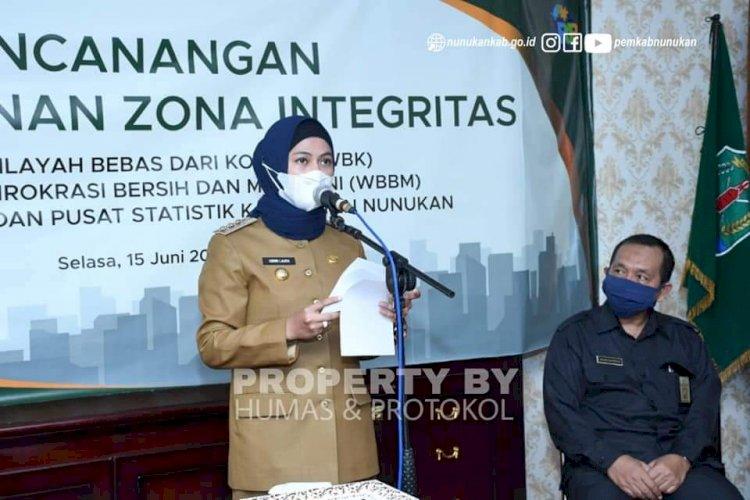 Penandatanganan Zona Integritas BPS Nunukan, Ini Pesan Laura